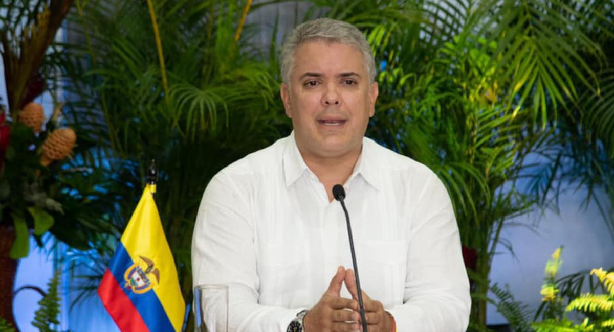 El presidente Iván Duque anunció la llegada de vacunas de Astra Zeneca por medio del mecanismo Covax a Colombia, mañana 20 de marzo. Foto: Facebook Iván Duque