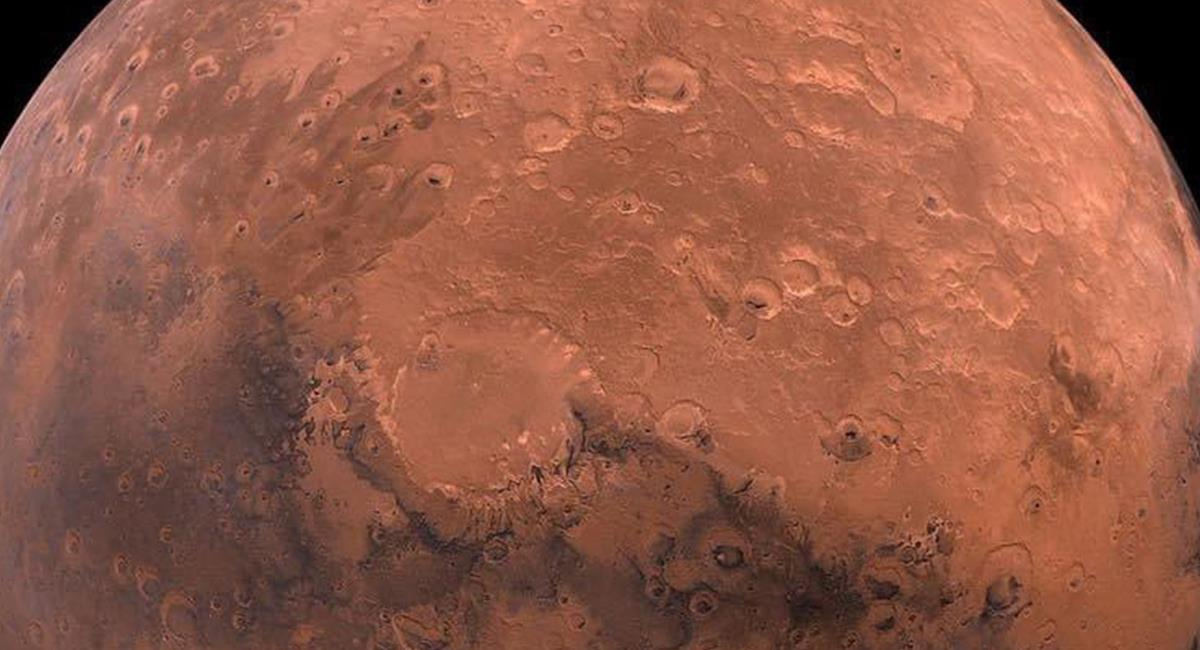 """Marte, puede tener unas """"estructuras"""" poco usuales en su superficie. Foto: Twitter @Astrofsica1"""