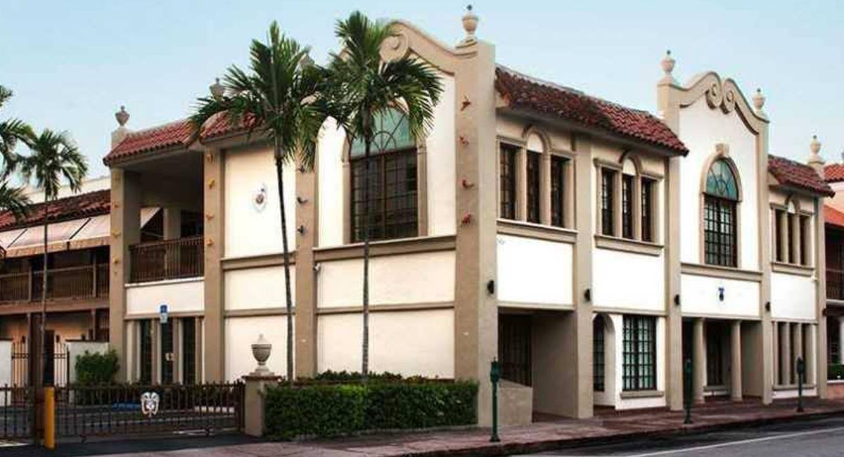 Sede del Consulado de la República de Colombia en Miami, estado de Florida, Estados Unidos. Foto: Facebook Abril Canciones Mil