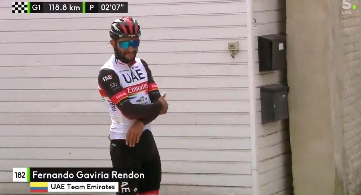 Fernando Gaviria sufrió una dura caída que lo sacó de competencia. Foto: Twitter