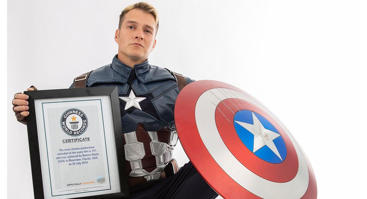 Agustín Alanis compartió en sus redes sociales la certificación de su récord Guinness. Foto: Twitter @agalanis17