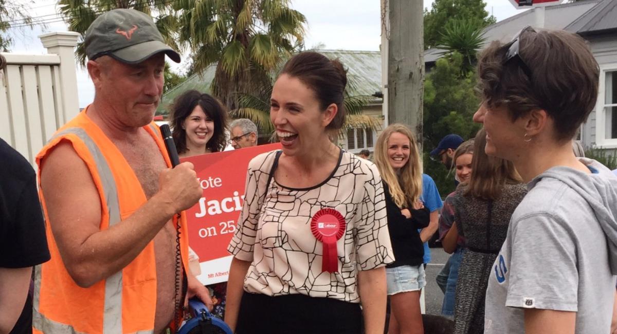 Jacinda Ardern, Primer Ministra de Nueva Zelanda. Foto: Twitter @jacindaardern