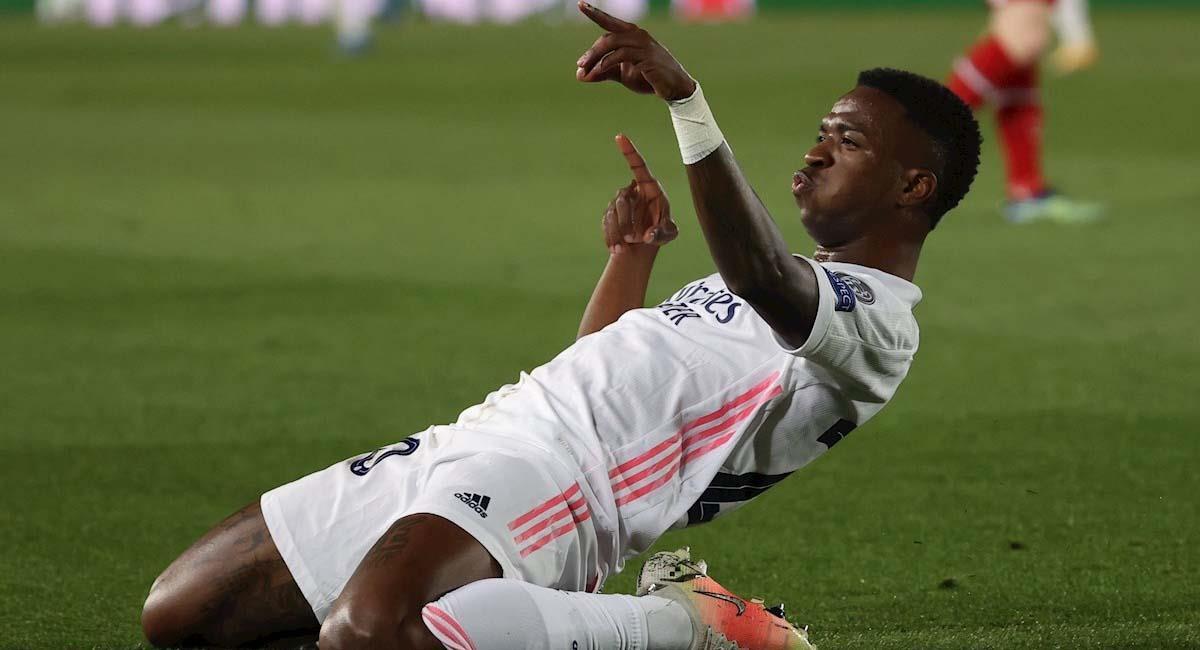 Vinicius Junior celebra la primera anotación de Real Madrid contra Liverpool. Foto: EFE