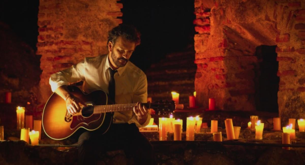 'Hecho a la Antigua', el concierto de Ricardo Arjona vía streaming desde Guatemala