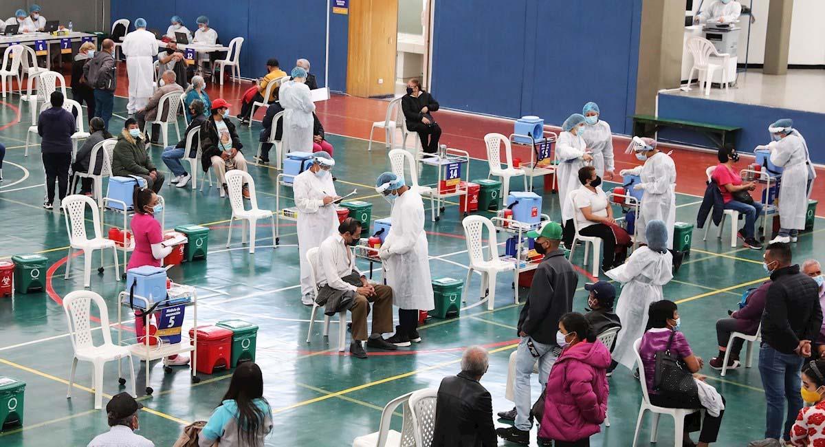 Por el momento, las jornadas de vacunación se desarrollan de manera normal. Foto: EFE