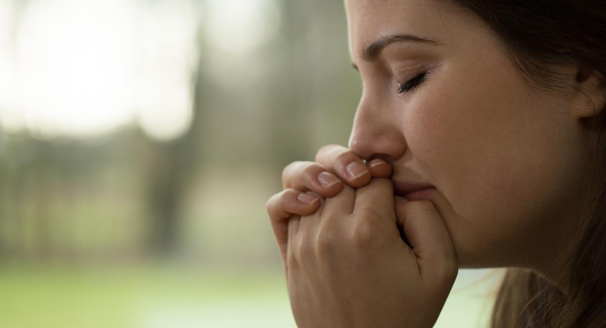Poderosa oración para no sufrir por malos tratos, injusticias o humillaciones. Foto: Shutterstock