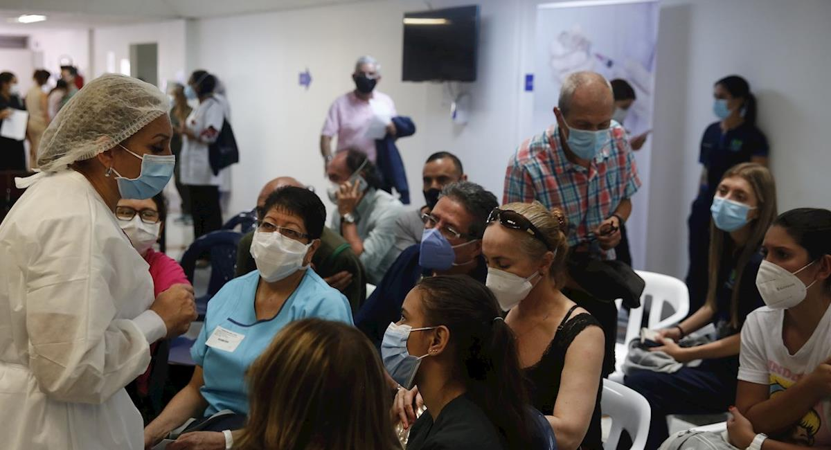 Personas que aún no han recibido la vacuna podrán presentarse sin cita previa. Foto: EFE