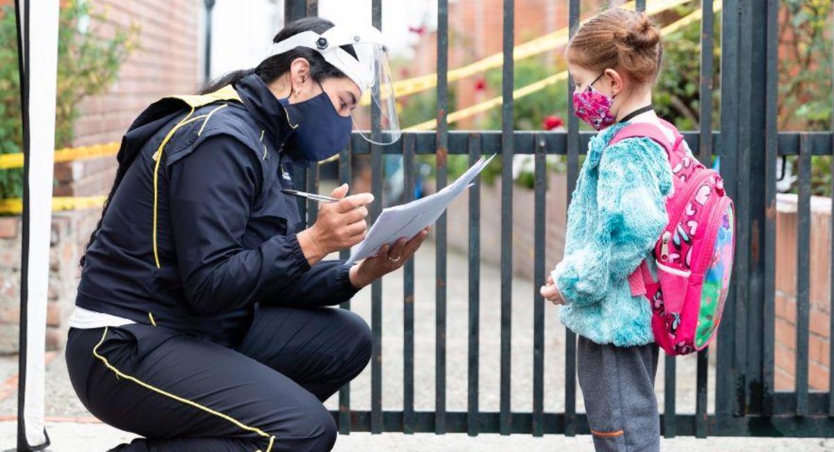 Colegios de Bogotá tendrán clases virtuales 16 y 23 de abril. Foto: Alcaldía de Bogotá