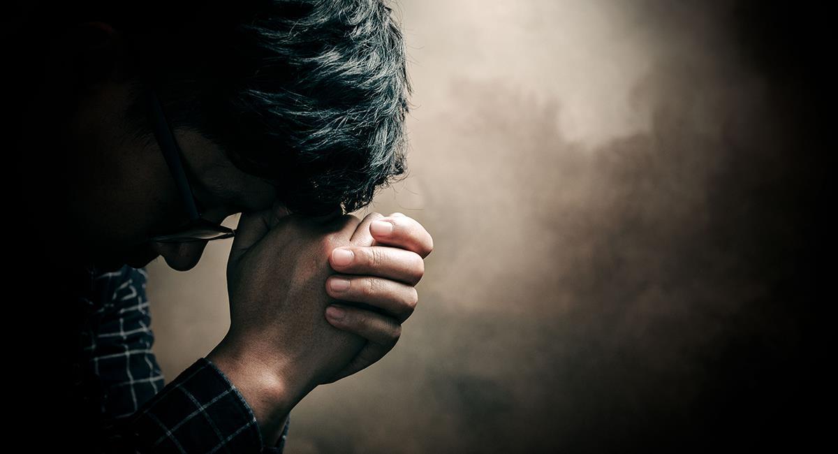 Reza esta oración para aliviar cualquier tipo de dolencia o malestar. Foto: Shutterstock
