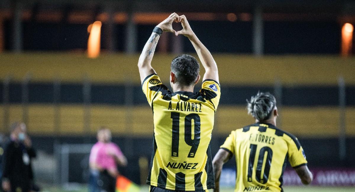 Peñarol clasifica a fase de grupos de la Sudamericana