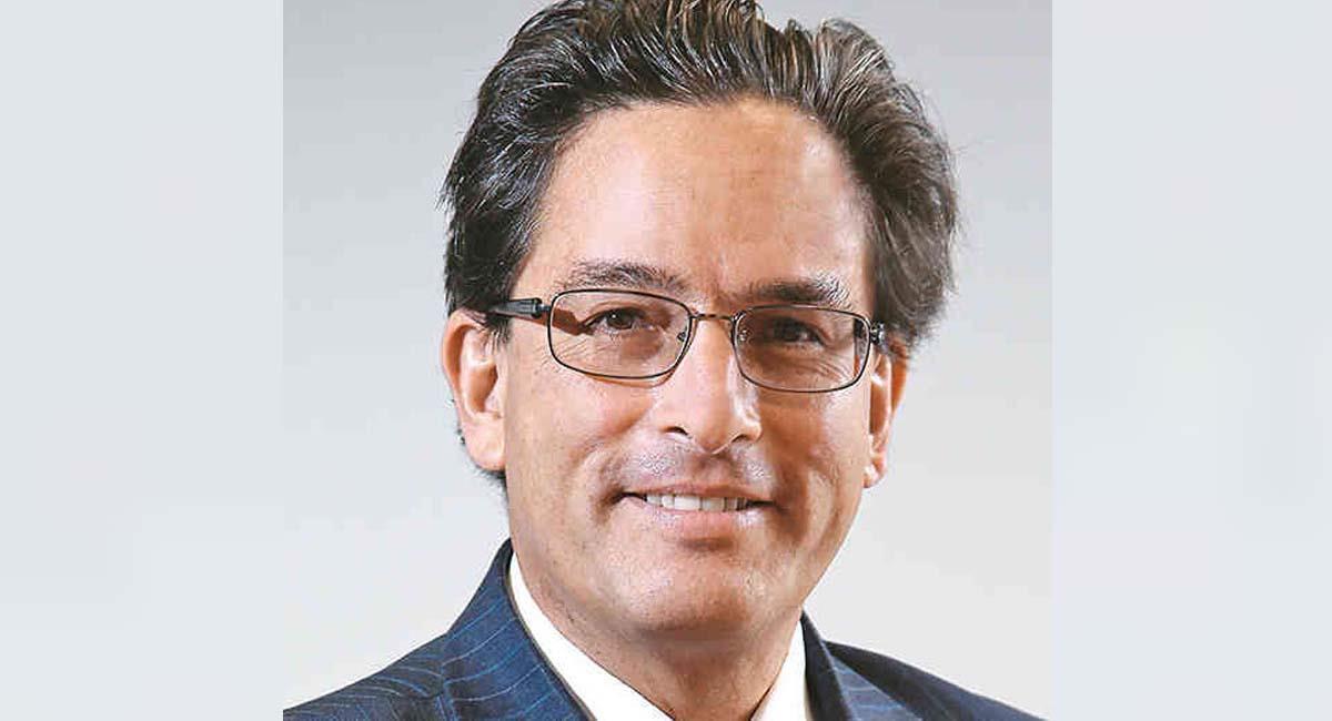 Alberto Carrasquilla, ministro de Hacienda de Colombia. Foto: Twitter / @Fonchobernal19