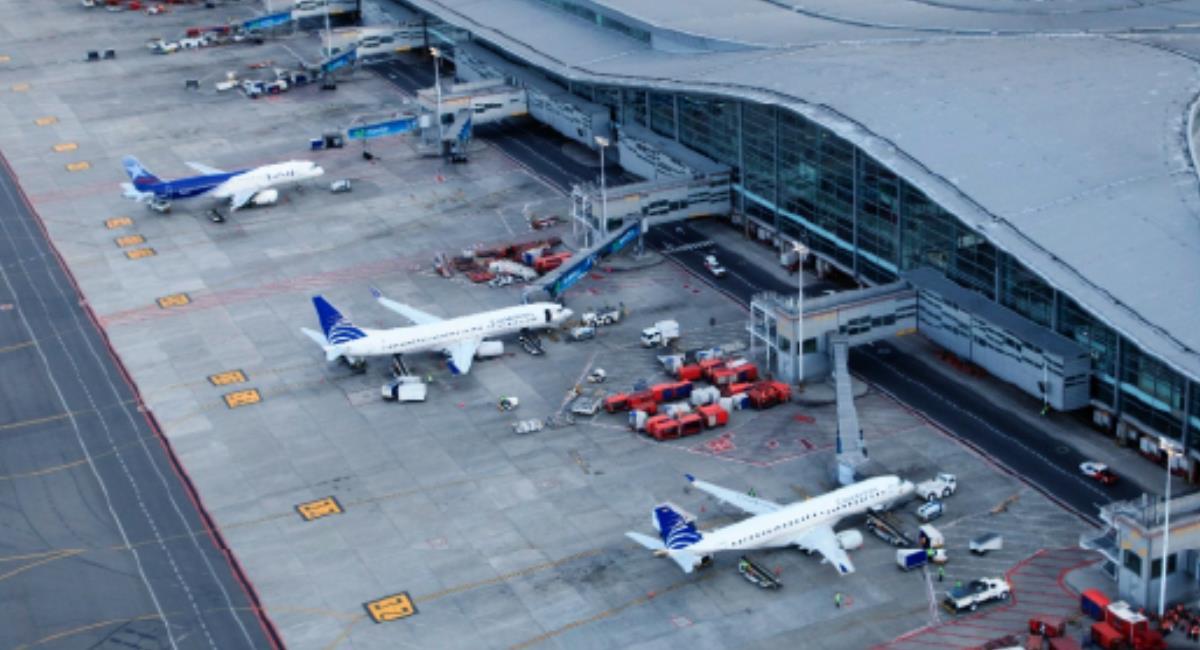 Colombia cuenta actualmente con 47 rutas aéreas y busca abrir muchas más. Foto: Aeronáutica Civil