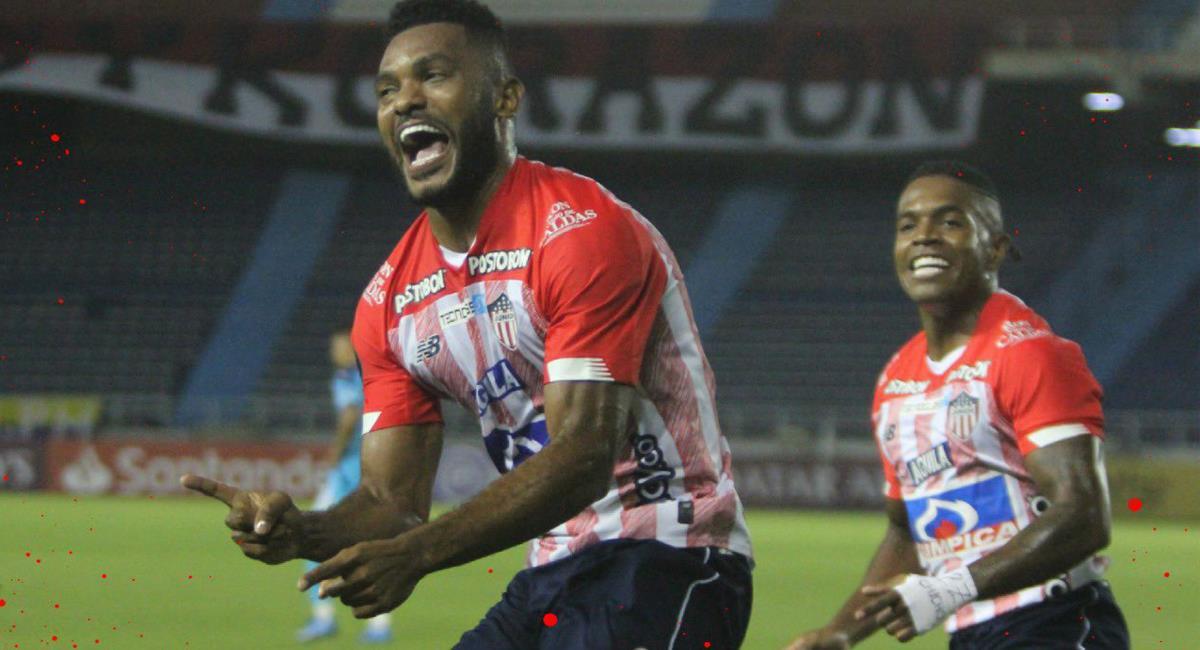 El goleador tiburón Miguel Ángel Borja regresó con gol después de una lesión. Foto: Twitter @JuniorClubSA