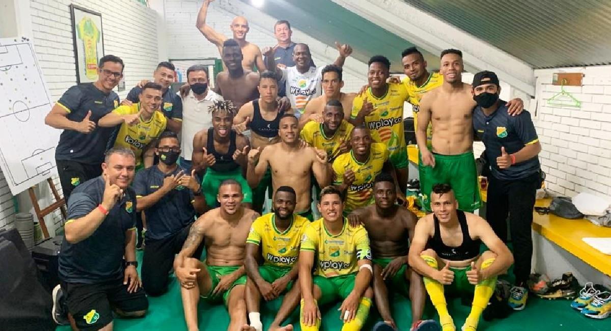 Atlético Huila goleó 3-0 a Fortaleza. Foto: Twitter @AtleticoHuilaof