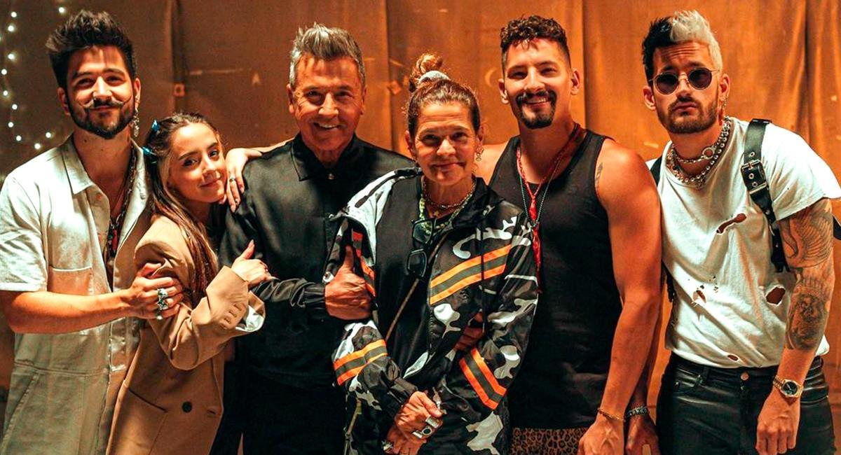 Ricardo Montaner, su esposa, hijos y las parejas de ellos aparecerán en el reality. Foto: Instagram