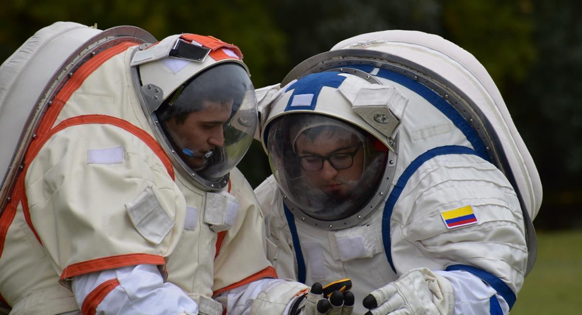 """Los astronautas iniciarán el """"entrenamiento análogo"""" el próximo sábado 24 de abril. Foto: Twitter @Bogotá"""