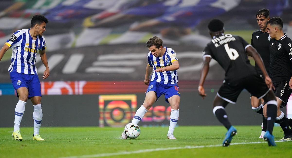 Luis Díaz en el partido ante Vitoria. Foto: Twitter @FCPorto