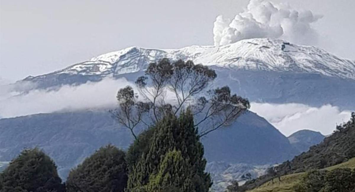 El Nevado del Ruíz se pudo visualizar con toda claridad, debido a las condiciones meteorológicas. Foto: Twitter @Tagoretoro