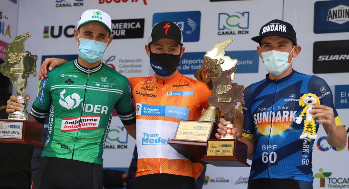 José Tito Hernández se coronó campeón de la Vuelta a Colombia 2021. Foto: Twitter @fedeciclismocol