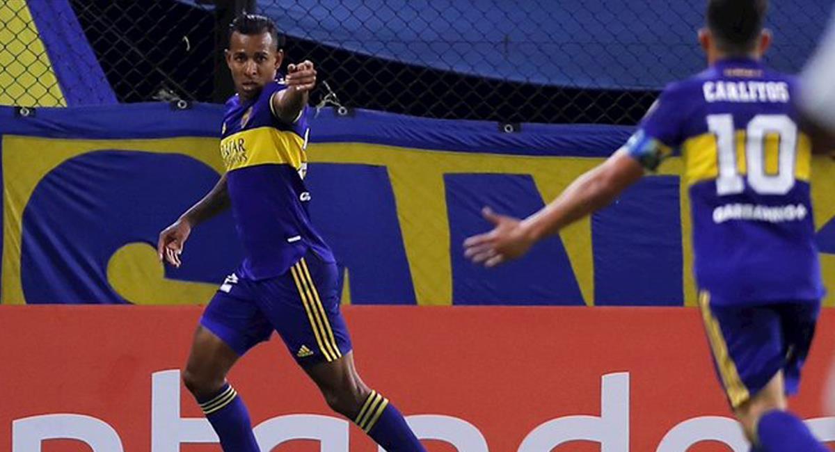 Sebastián Villa volvió a marcar para Boca Juniors en la Copa Conmebol Libertadores, el colombiano puso el segundo gol en la victoria ante Santos. Foto: Twitter @arleydeportes