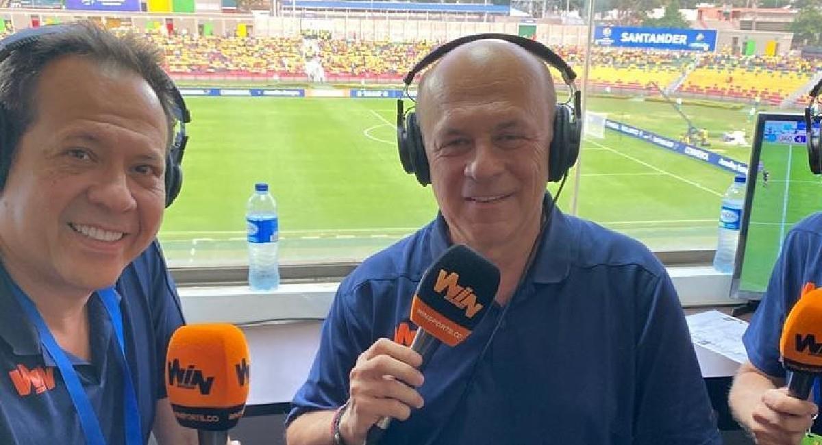 Javier Fernández, presentador deportivo de Win Sports. Foto: Instagram @elcantantedelgol