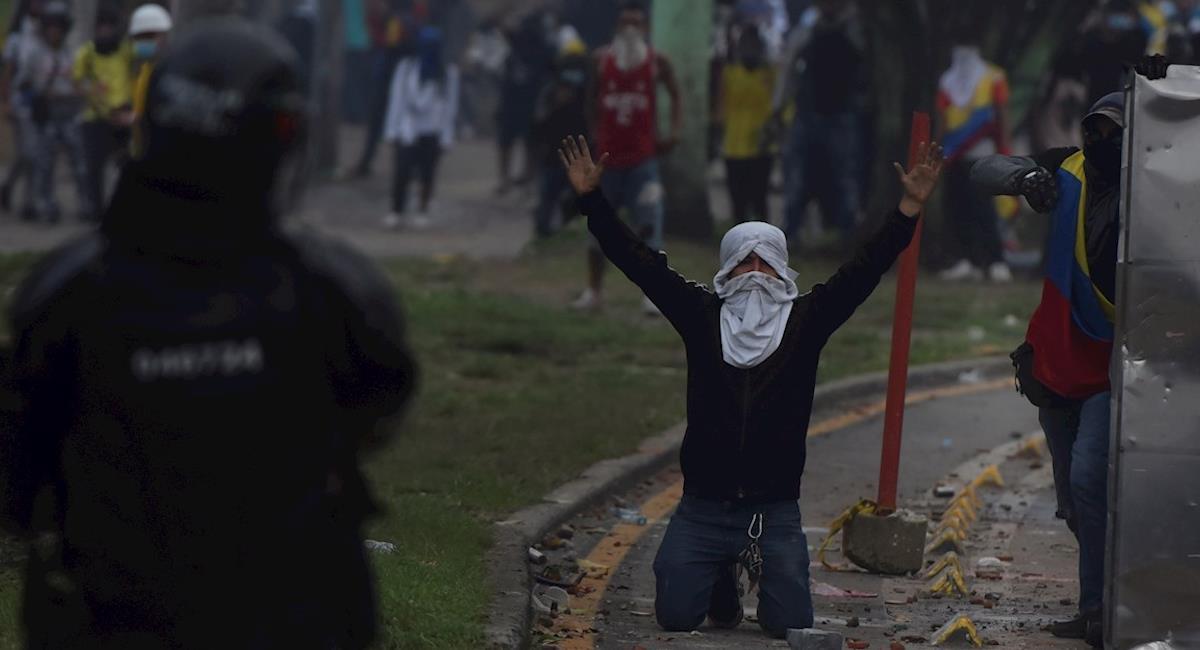 Lo que debe salir antes de salir a marchar y si es detenido por la policía. Foto: EFE