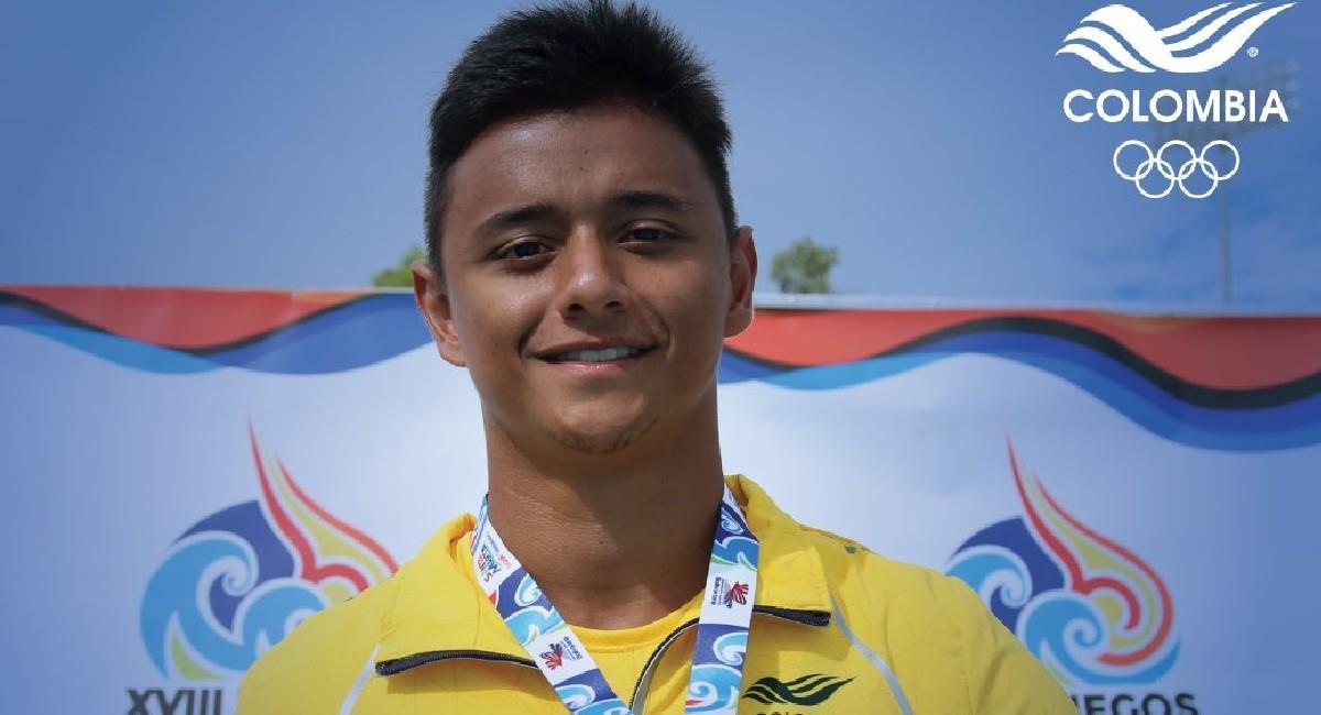 Sebastián Villa, nadador colombiano clasificado a los Juegos Olímpicos. Foto: Twitter @MinDeporteCol