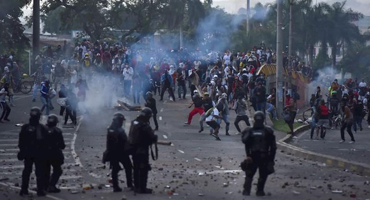 Durante el Paro Nacional los actos de violencia policial han sido la constante en cada jornada. Foto: Twitter @paramo_quintero