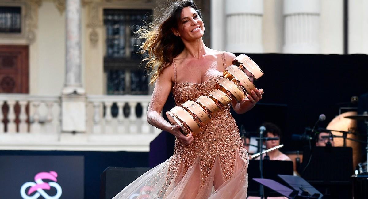 Barbara Pedrotti, presentadora italiana del Giro de Italia. Foto: EFE