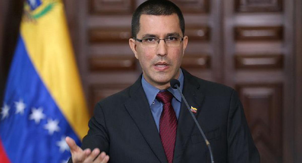 El canciller de Venezuela, Jorge Arreaza afirmó que Venezuela no se encuentra detrás de los hechos de violencia en Colombia con ocasión del paro nacional. Foto: Twitter @MV_Eng