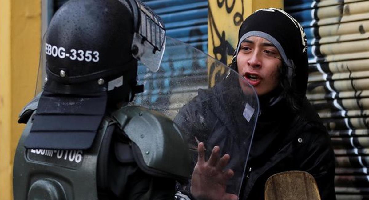 En el marco del paro nacional la represión policial ha sido criticada por su dureza y ha sido culpada de numerosas muertes y desapariciones. Foto: Twitter @LaClavijo