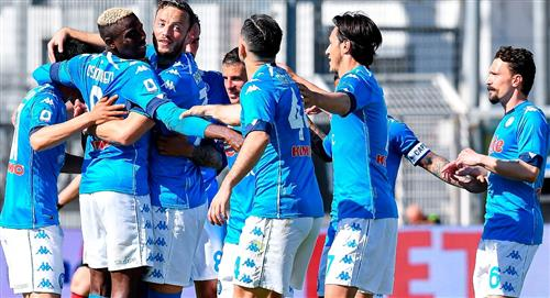 Nápoles, sin Ospina, goleó al Spezia de Kevin Agudelo