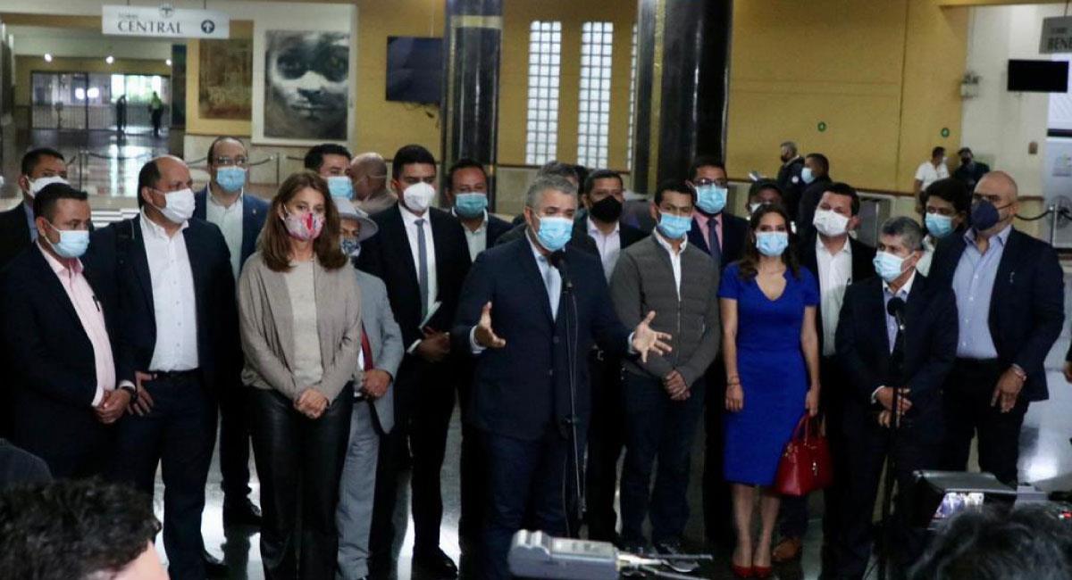 Colombia explora condiciones para reactivar diálogos de paz con el ELN