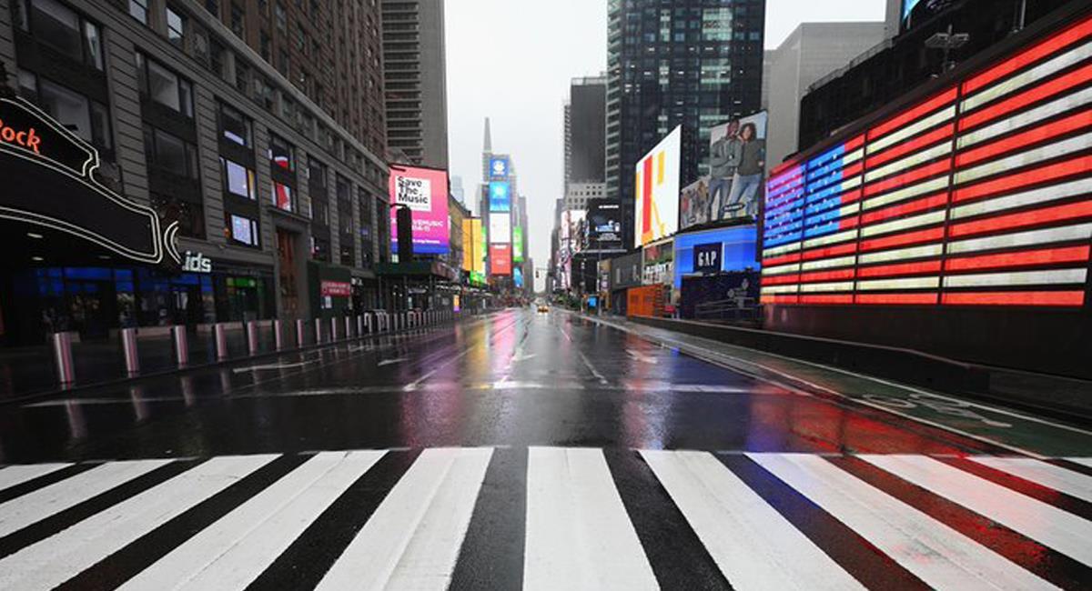 La zona de Time Square en New York  fue escenario de un tiroteo que dejó tres personas heridas, entre ellas un niño de 4 años. Foto: Twitter @eldiario