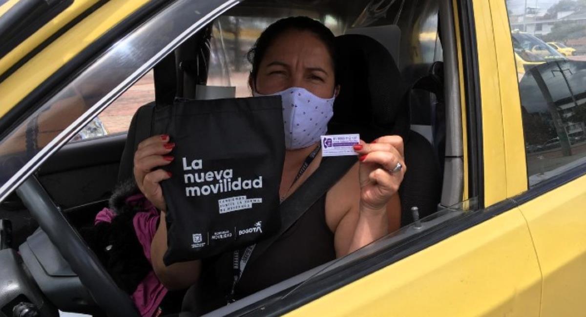 Capacitaciones a taxistas para mejorar su servicio. Foto: Alcaldía de Bogotá