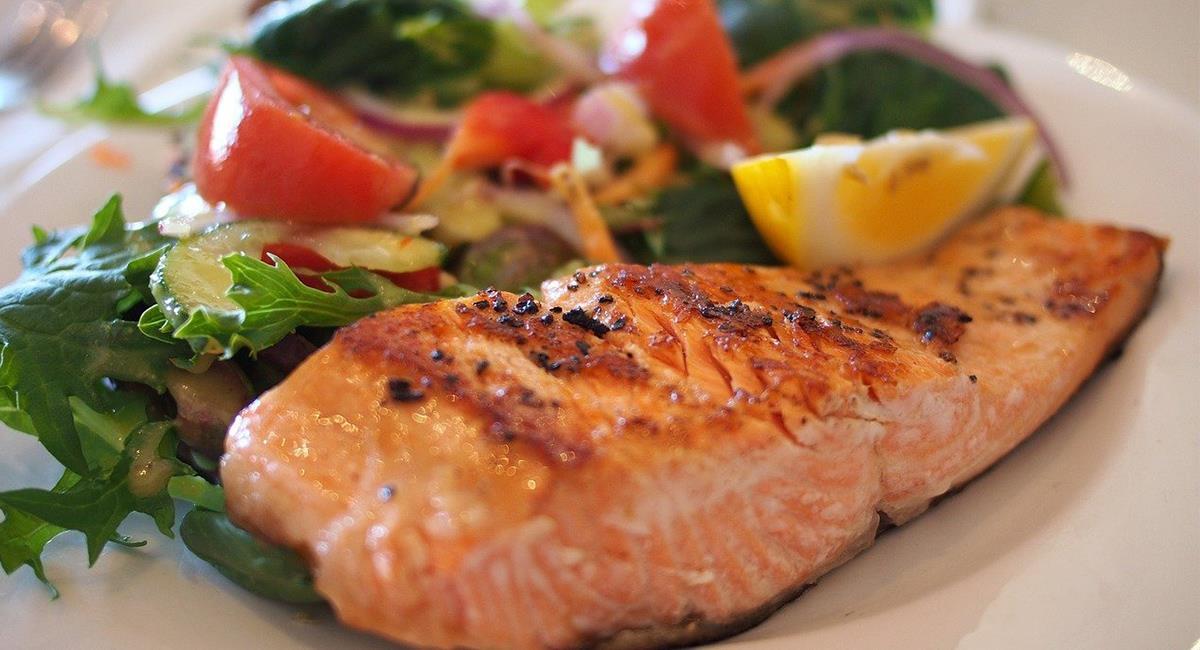 El consumo de bocadillos saludables es una alternativa para mejorar tu alimentación. Foto: Pixabay