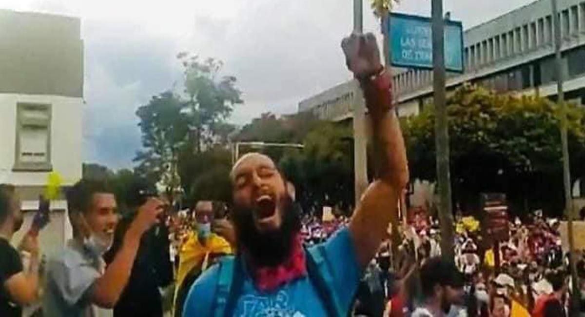 Una publicación en redes causó indignación y estaba relacionada con la muerte del estudiante de Pereira, Lucas Villa. Foto: Facebook El Regional