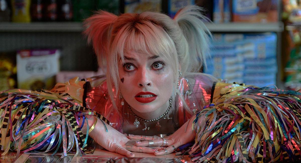 "Margot Robbie protagonizó la criticada cinta de ""Birds of Prey"". Foto: Twitter @birdsofpreywb"