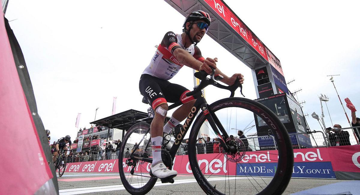Fernando Gaviria llegó en el sexto lugar de la etapa siete del Giro de Italia. Foto: Twitter @TeamEmiratesUAE