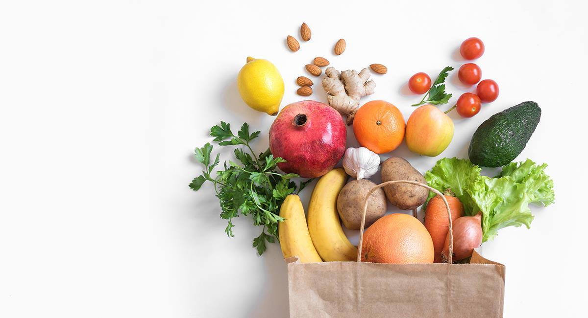 Alimentación sana: descubre qué te aporta cada fruta o verdura según su color. Foto: Shutterstock