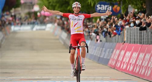 Resultado Giro de Italia Victor Lafa ganador etapa 8 Fernando Gaviria