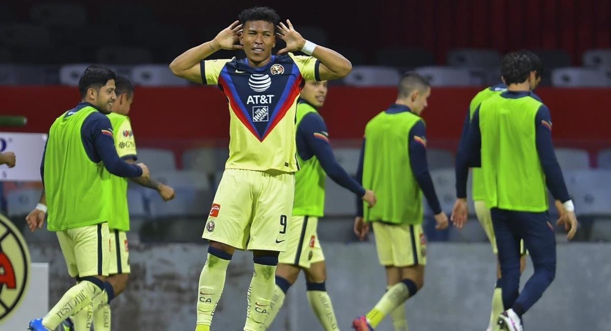 Roger Martínez marcó doblete con América. Foto: Twitter Prensa redes América de México.