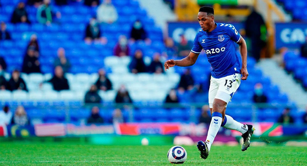 Yerry Mina volvió a ser titular en Everton ante Wolverhampton. Foto: EFE