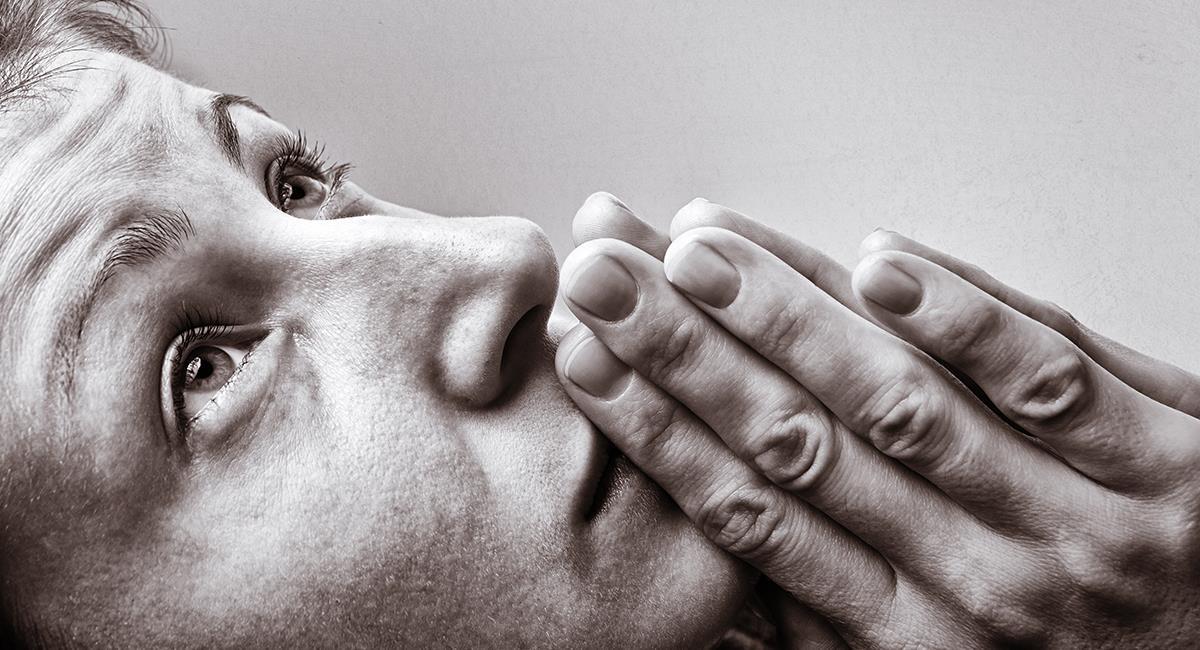 Oración para pedir un favor especial o hacer una petición desesperada. Foto: Shutterstock