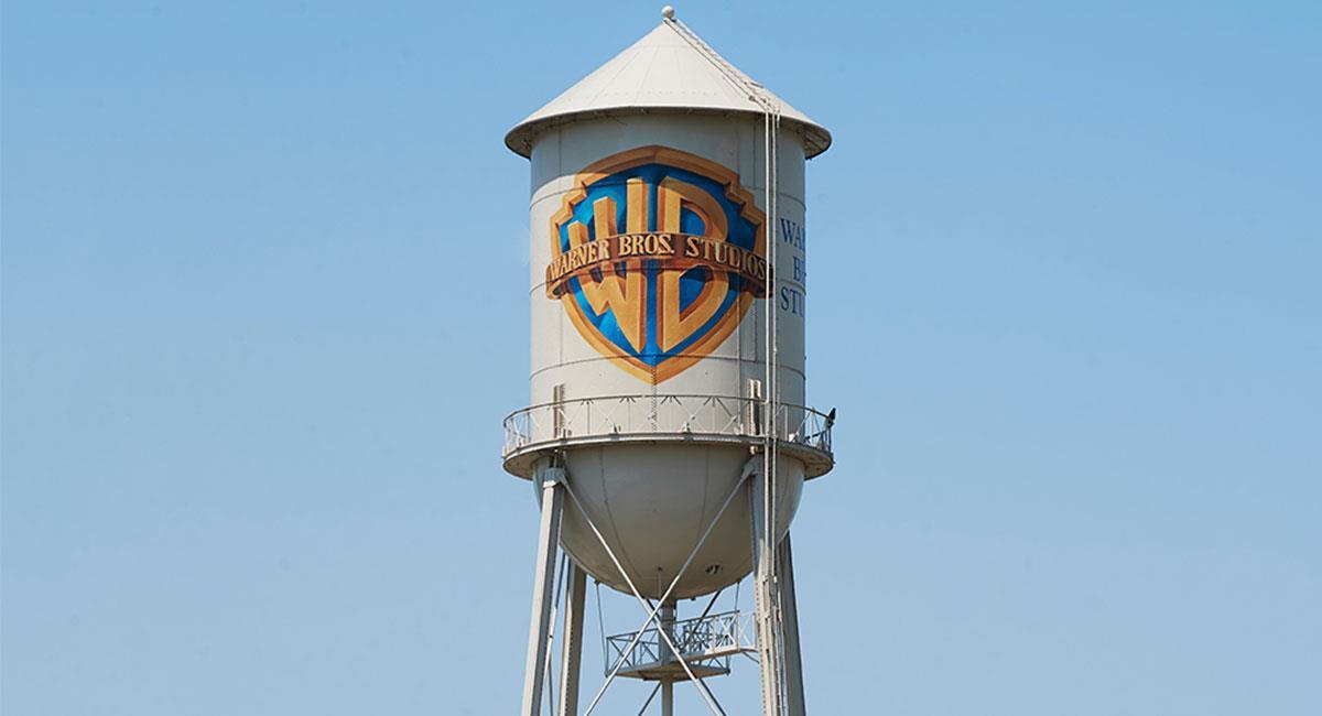 Warner Bros sigue fortaleciendo su catálogo de contenidos. Foto: Twitter @Variety