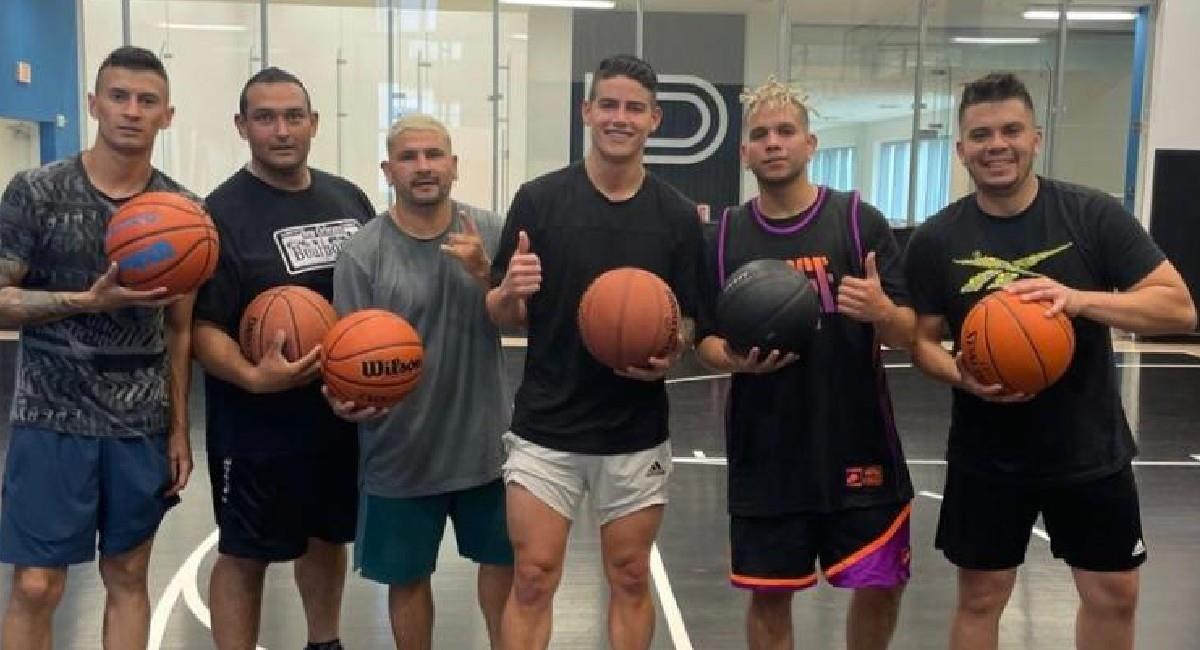 James Rodríguez entrenando baloncesto. Foto: Instagram @jamesrodriguez10