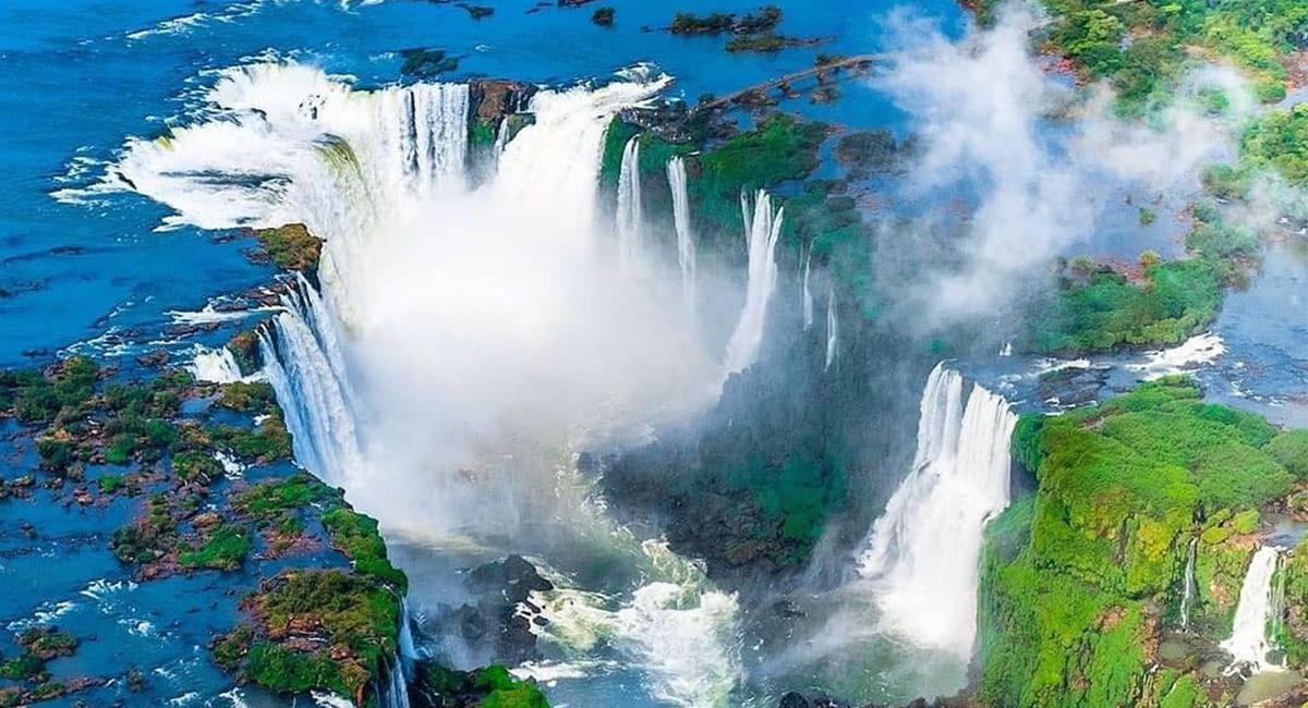 Las cataratas de Iguazú, las puedes ver desde Argentina a Brasil y son una maravilla natural. Foto: Twitter @GustavoVela71