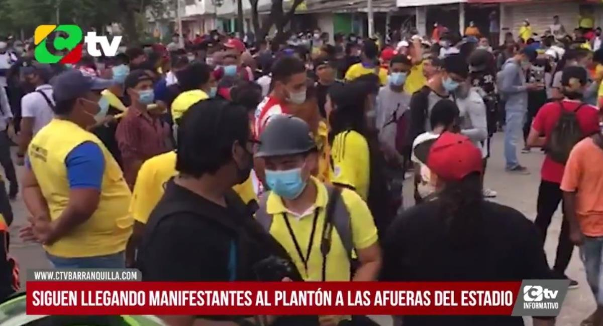 Manifestaciones en el Metropolitano. Foto: Twitter Captura pantalla CTV Barranquilla.