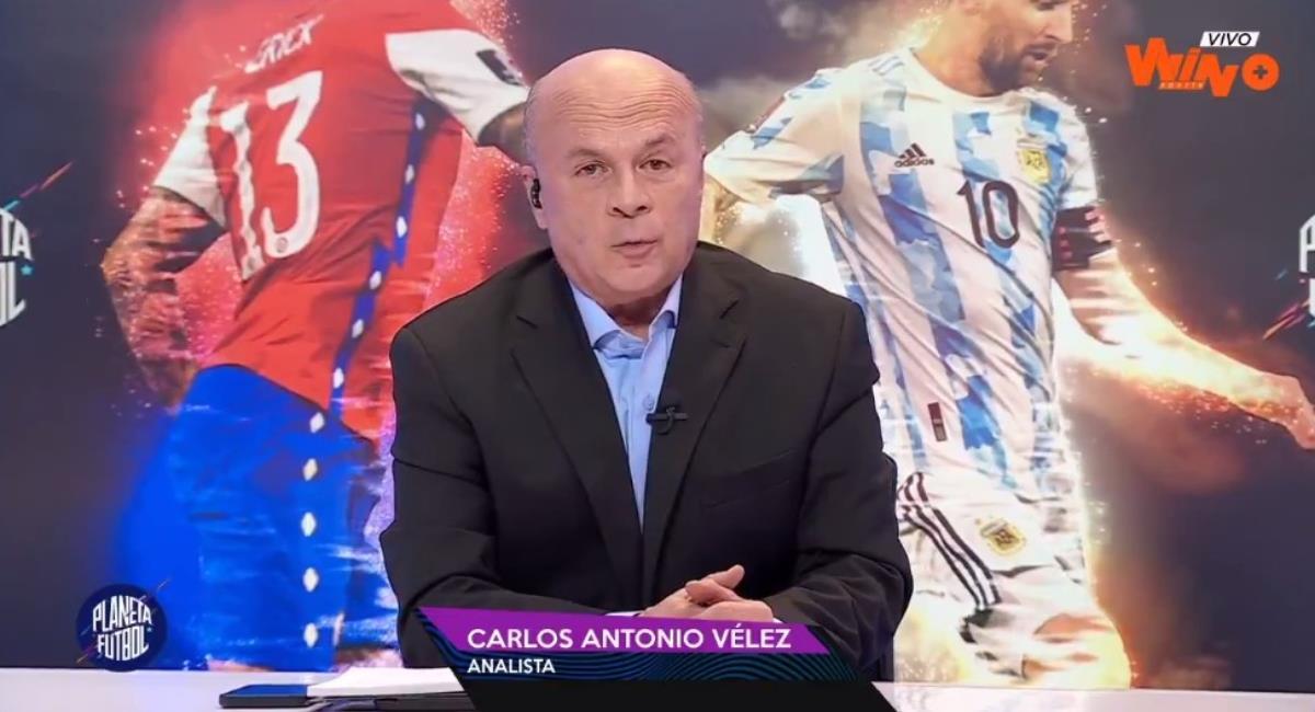Carlos Antonio Vélez muy crítico con los jugadores colombianos. Foto: Twitter Captura pantalla Win Sports.