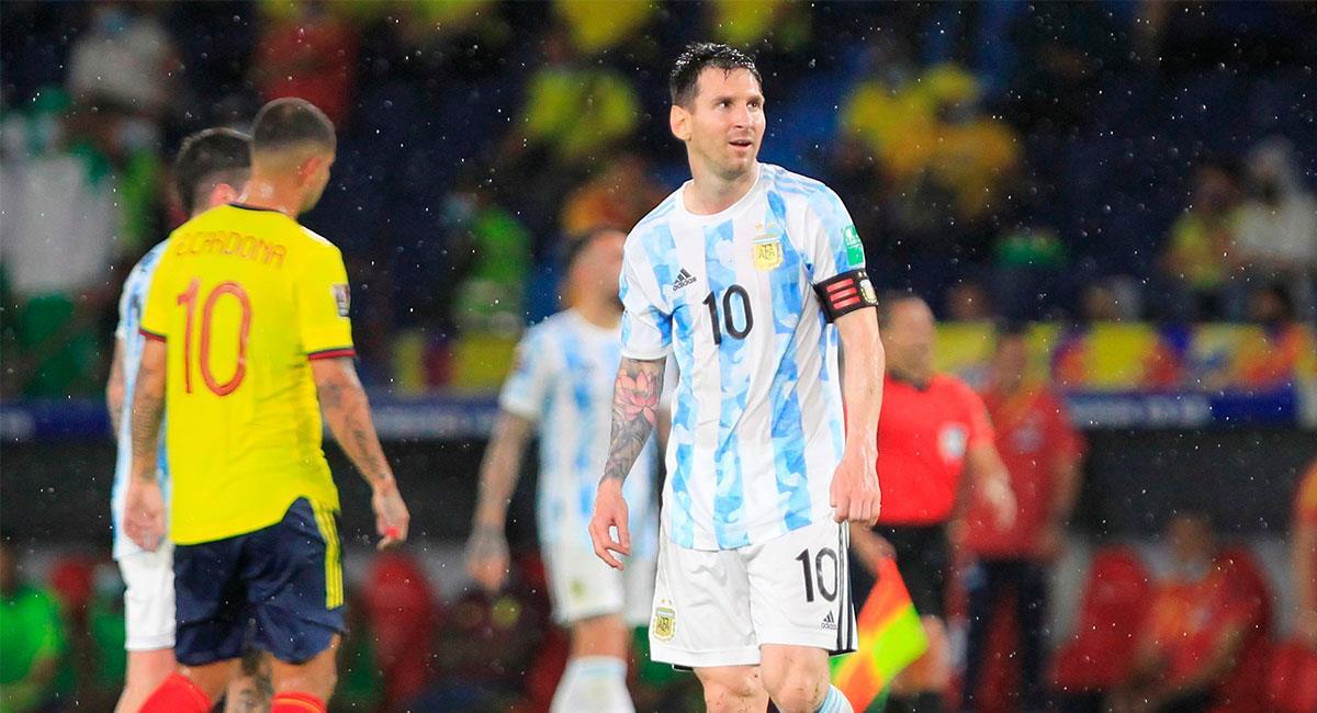 Messi y sus compañeros se llevaron un punto del Metropolitano de Barranquilla. Foto: EFE
